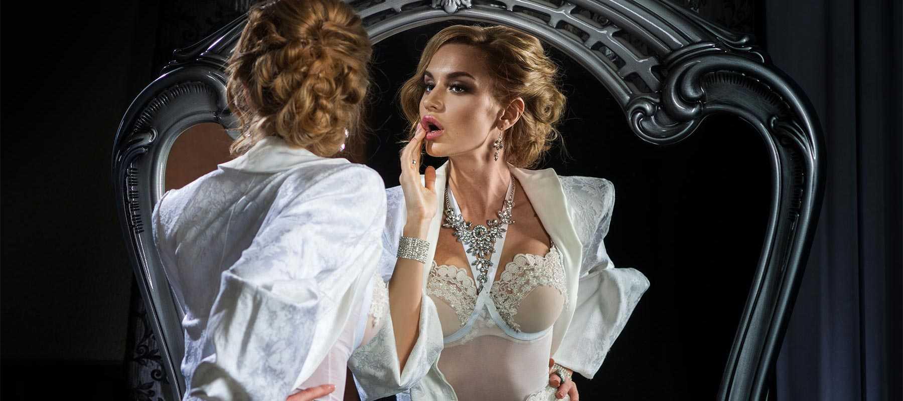 Госпожа - Модель эротического массажа салона ROYAL