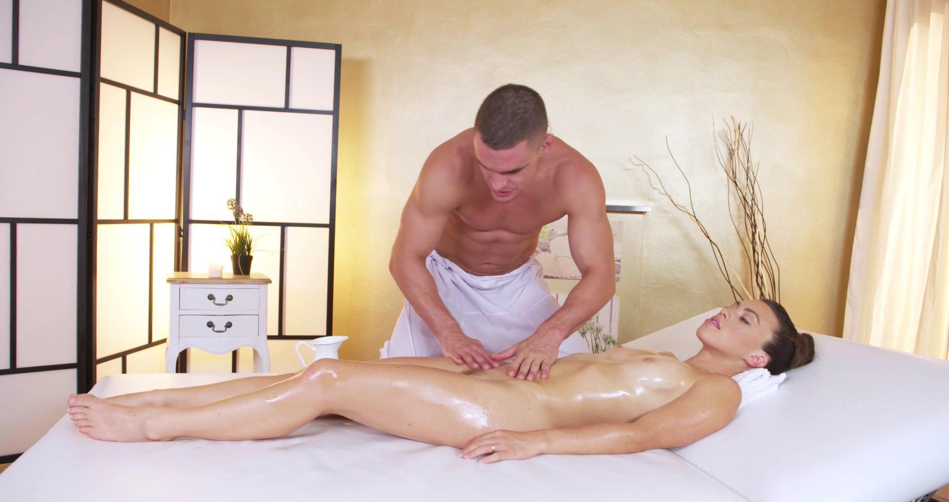 Как эротический массаж расценки актрисы голые фото