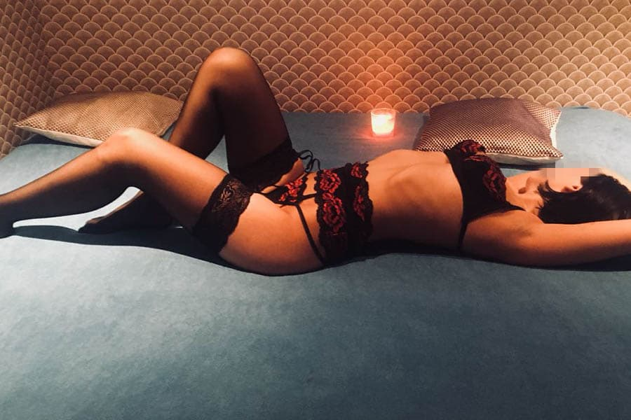 Марго - Модель эротического массажа салона ROYAL